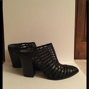 NEW Dolce Vita Women's black mules